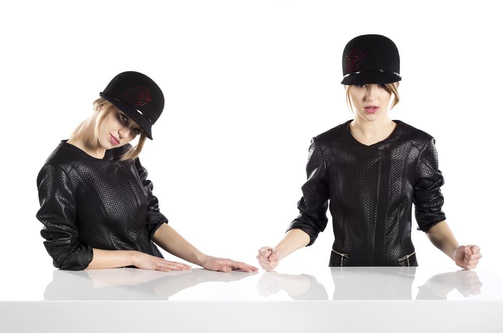 Bliżniaczki - kapelusze