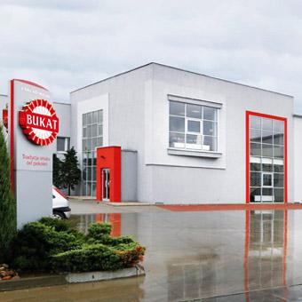 Front firmy Bukat