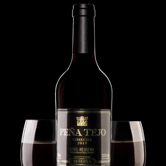 Wino wytrawne - fotografia reklamowa
