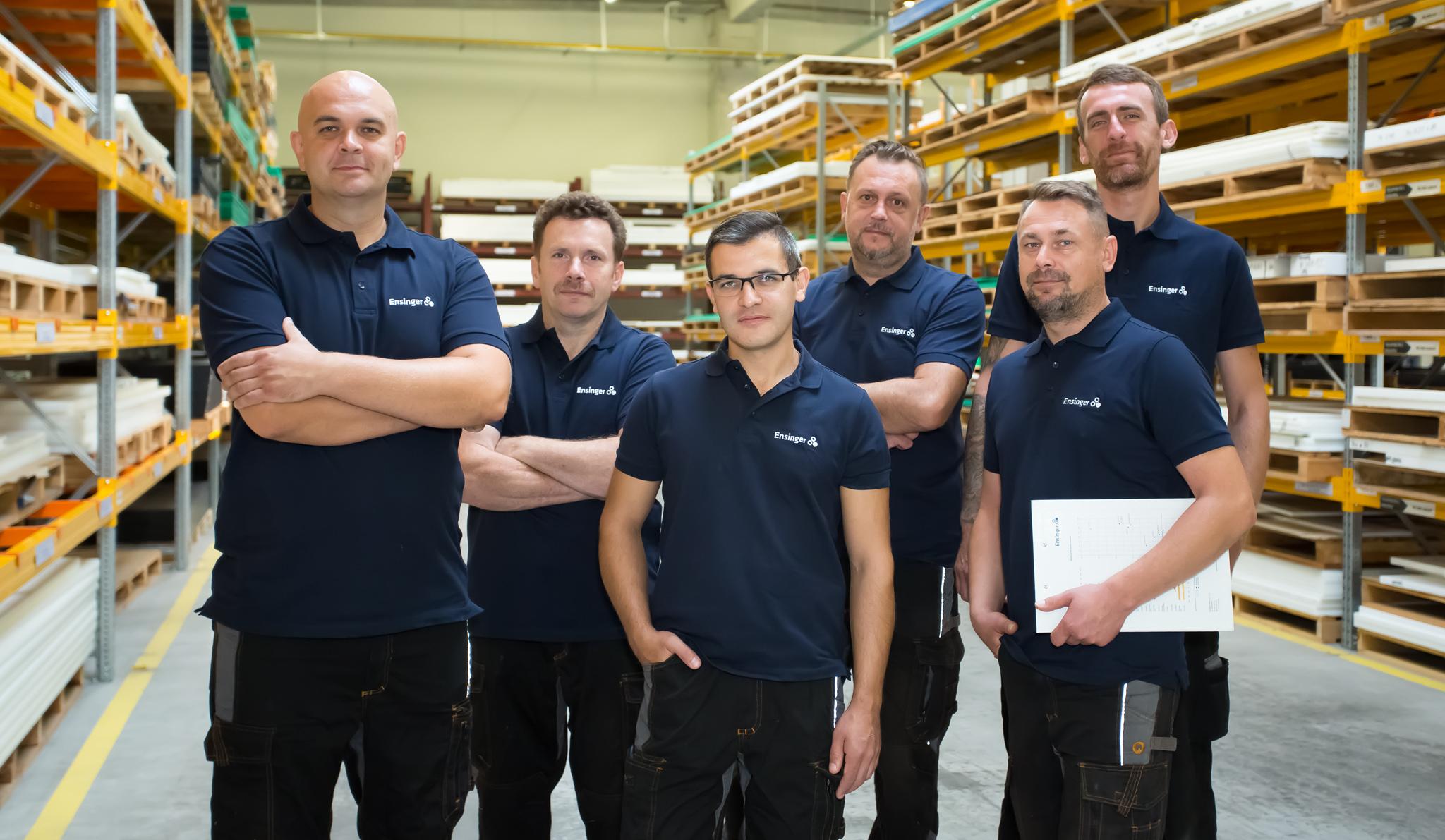Zespół - pracownicy firmy w firmie - zdjęcia